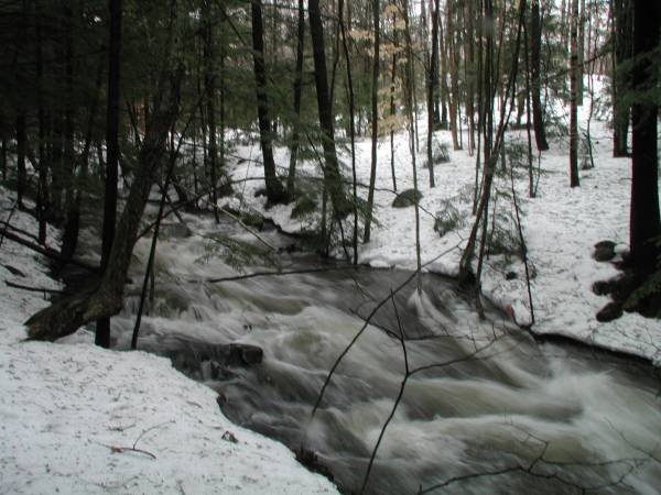 Stream by Falls-Away Cache