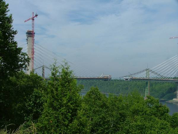 Old Buckssport Bridge Dwarfed By New One