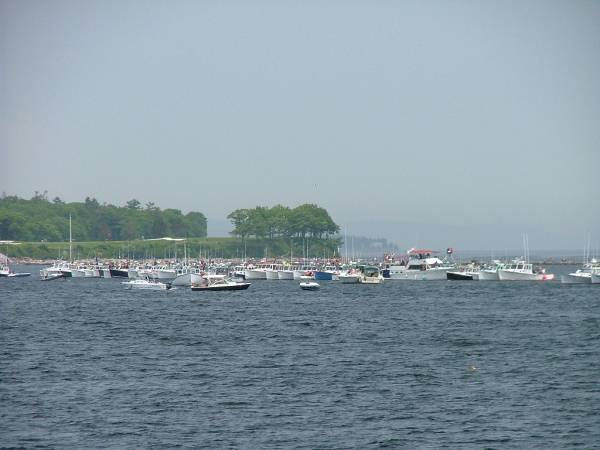 Lobster boat races ar Rockland Breakwater