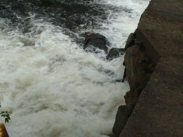 Dam is roaring!
