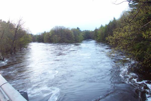 Flood of 2006 Salmon Falls River Berwick Maine